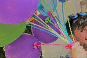 padre con globos